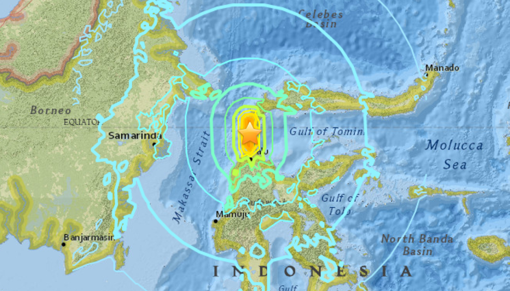 Preview tsunami palu indonezja