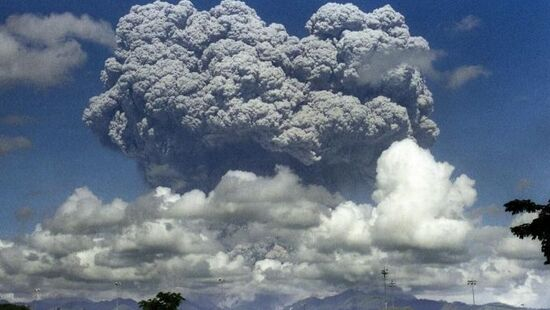 Preview pinatubo eruption